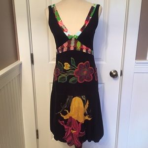 ⭐️DESIGUAL DRESS BLACK MULTI FLORAL V FRONT BACK S